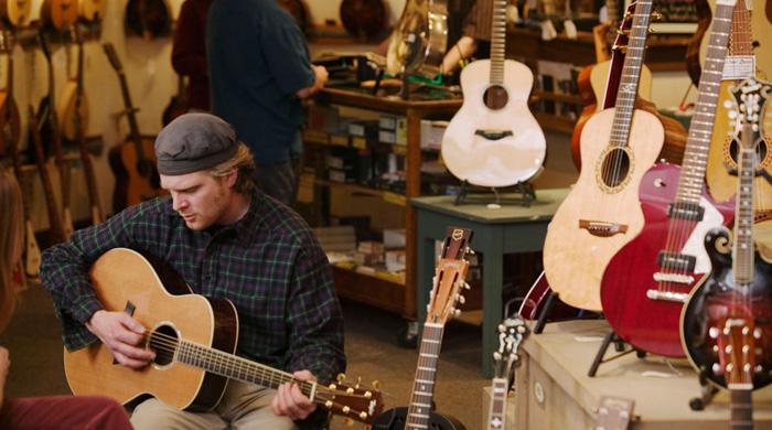 Cách chọn mua guitar acoustic