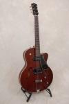 Godin 5th Ave Kingpin II CW, Burgundy
