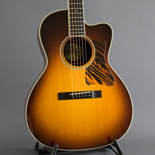 Collings C10 Deluxe Sunburst Cutaway