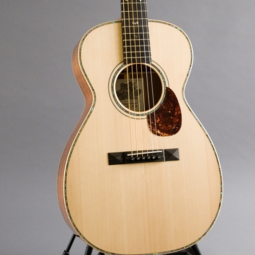 Dusty Strings Used Froggy Bottom Parlor
